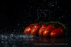 Kirsch-Tomaten sorgfältig waschen!