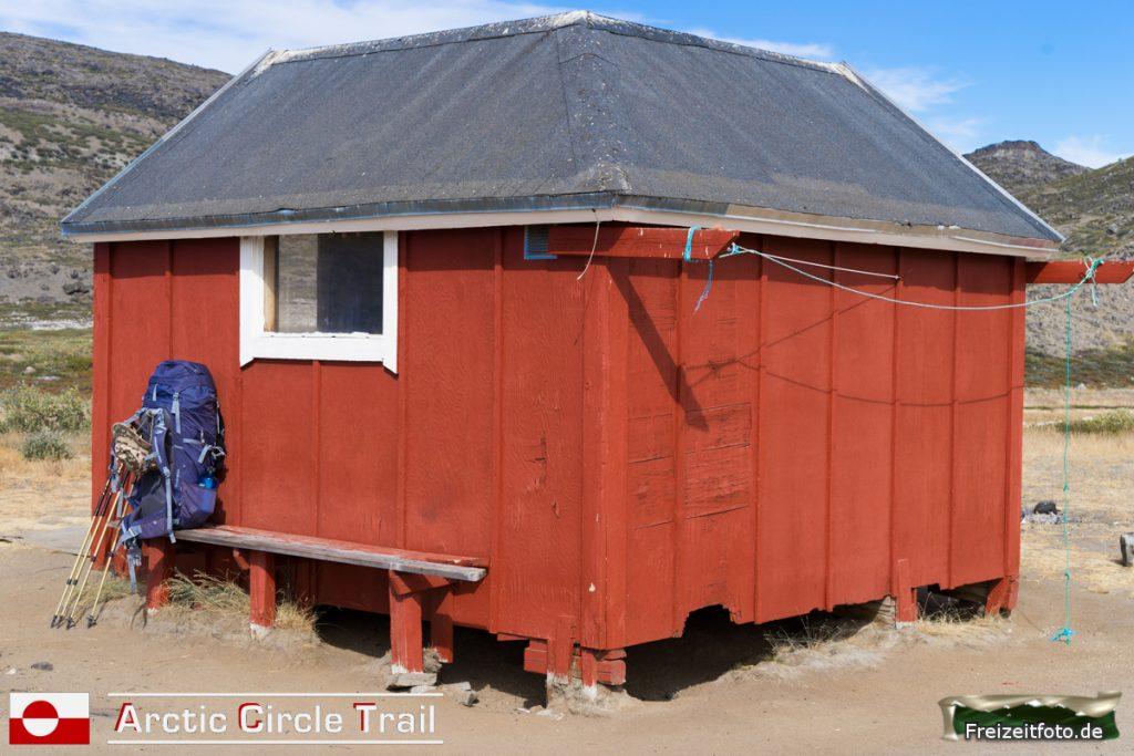 Die erste Hütte auf unserem Trail, Katiffik.