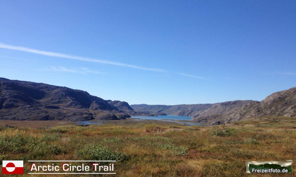 Ausblick von der Hütte Eqalugaarniarfik auf dem Fjord Maligiaq.
