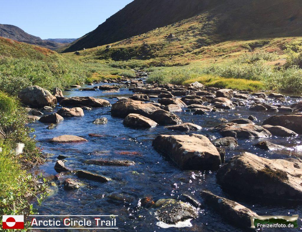 Der Fluss in der Nähe der Hütte Nerumaq.