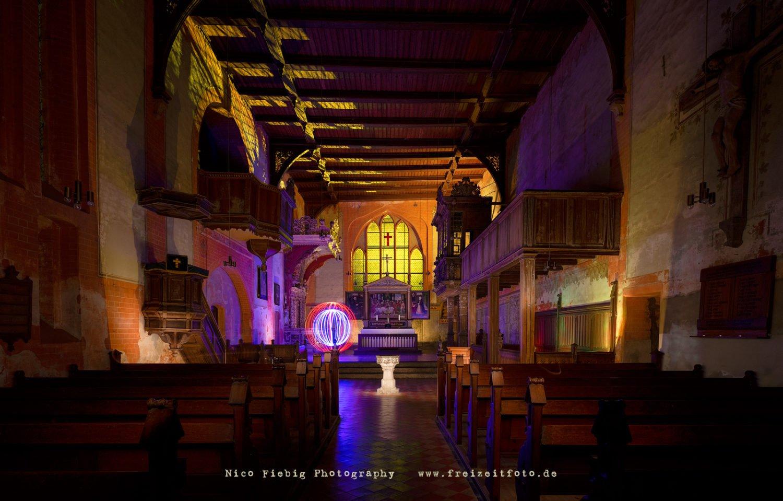 Lightpainting im Kloster Rühn